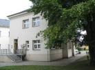Budova knihovny vchod
