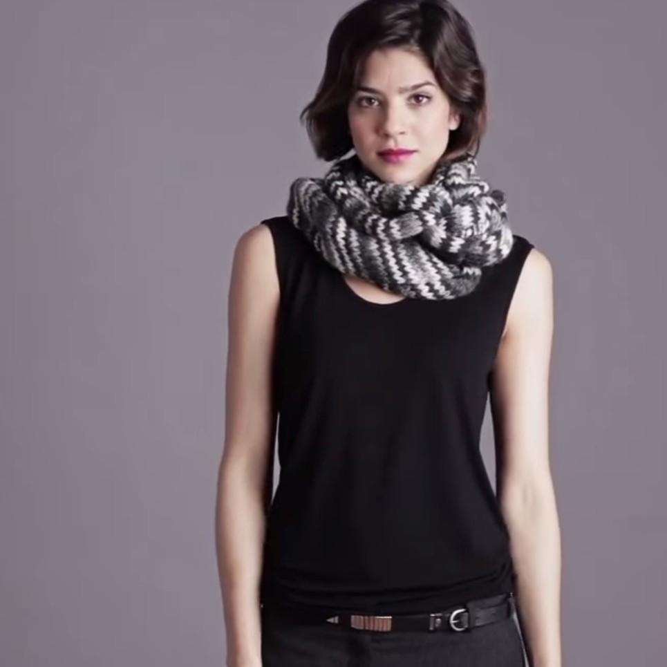 6954134e384 Skvělé tipy jak uvázat na podzim šátek. - Jak uvázat šátek - šátky ...