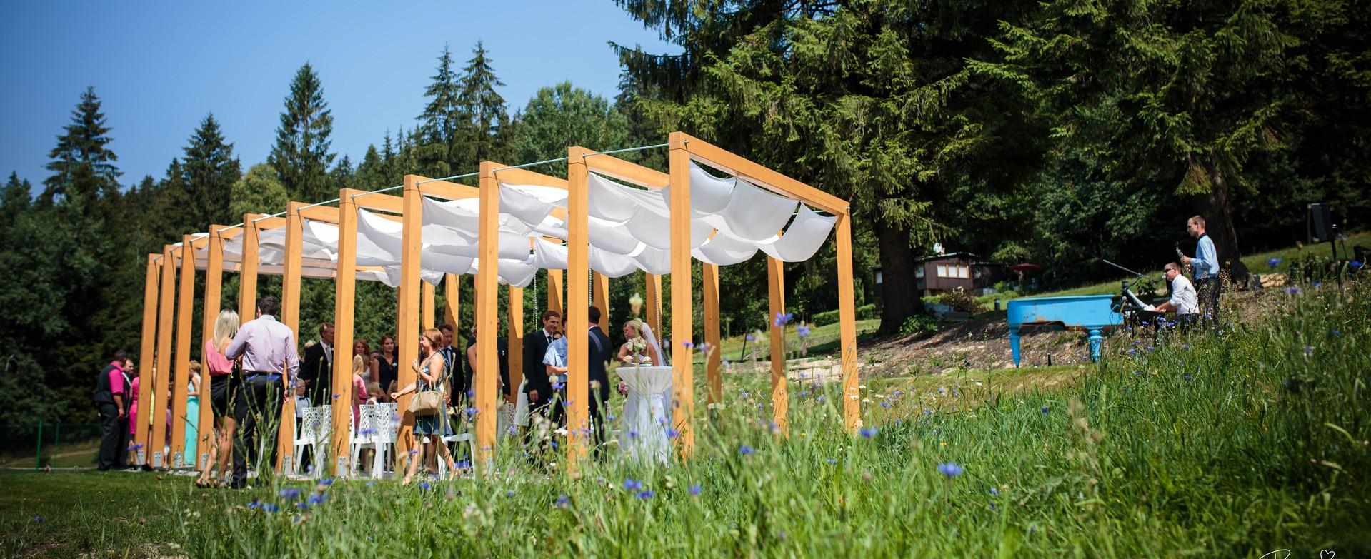 Weddings at Hotel & Garden U Holubů