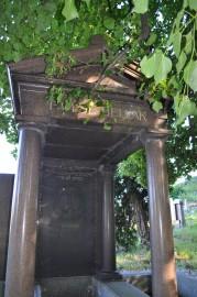 hrobka bellak