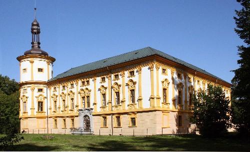 Zmek_Linhartovy