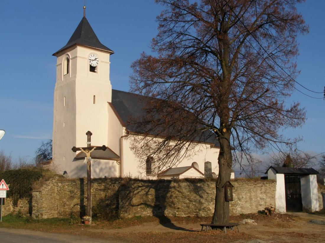 Hrozová - kostel