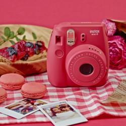 instatní fotoaparát instax fuji červený raspberry instax mini 8 s (10)