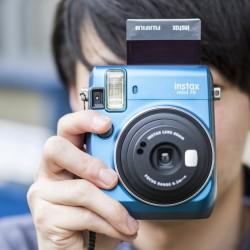 instatní fotoaparát instax fujifilm modrá instax mini 70 island blue (4)