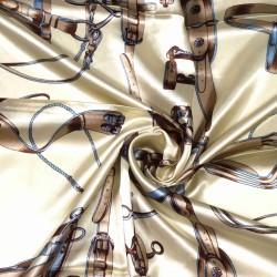 čtvercový saténový šátek na krk (40) (1)